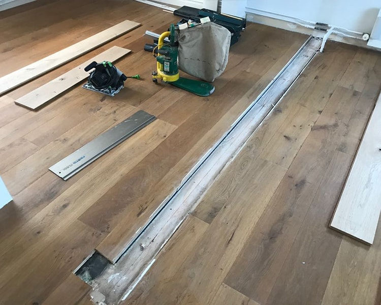 Houten vloer lakken door een specialist van houten vloer schuren